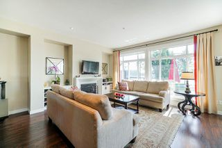 """Photo 2: 22 19538 BISHOPS REACH in Pitt Meadows: South Meadows Townhouse for sale in """"OSPREY VILLAGE - TURNSTONE"""" : MLS®# R2403242"""