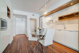 """Photo 5: 413 1661 QUEBEC Street in Vancouver: Mount Pleasant VE Condo for sale in """"Voda"""" (Vancouver East)  : MLS®# R2408095"""