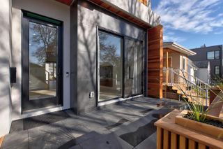 Photo 3: 8744 77 Avenue in Edmonton: Zone 17 House for sale : MLS®# E4177538