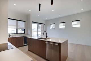 Photo 7: 8744 77 Avenue in Edmonton: Zone 17 House for sale : MLS®# E4177538