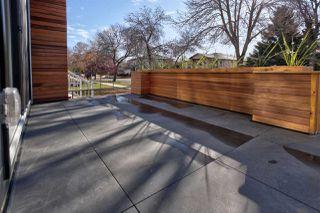 Photo 2: 8744 77 Avenue in Edmonton: Zone 17 House for sale : MLS®# E4177538