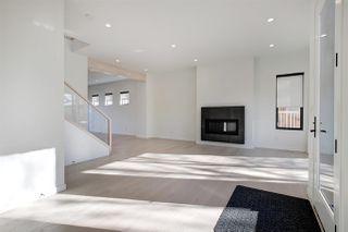 Photo 10: 8744 77 Avenue in Edmonton: Zone 17 House for sale : MLS®# E4177538