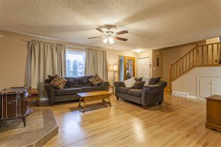 Photo 5: 15914 92A Avenue in Edmonton: Zone 22 House for sale : MLS®# E4179123