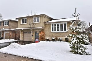 Photo 2: 2302 Wyandotte Drive in Oakville: Bronte West House (Sidesplit 3) for sale : MLS®# W4695457