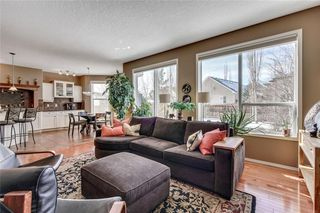 Photo 19: 90 STRATHLEA Crescent SW in Calgary: Strathcona Park Detached for sale : MLS®# C4289258