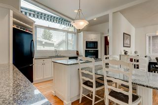 Photo 9: 2304 LONGRIDGE Drive SW in Calgary: North Glenmore Park Detached for sale : MLS®# A1015569