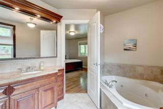 Photo 15: 2304 LONGRIDGE Drive SW in Calgary: North Glenmore Park Detached for sale : MLS®# A1015569