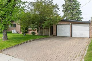 Photo 34: 2304 LONGRIDGE Drive SW in Calgary: North Glenmore Park Detached for sale : MLS®# A1015569