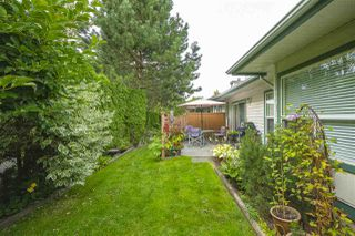 "Photo 23: 13 18939 65 Avenue in Surrey: Cloverdale BC Townhouse for sale in ""Glenwood Gardens"" (Cloverdale)  : MLS®# R2485614"