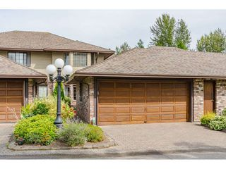 """Photo 1: 2 1640 148 Street in Surrey: Sunnyside Park Surrey Townhouse for sale in """"ENGLESEA COURT"""" (South Surrey White Rock)  : MLS®# R2486091"""