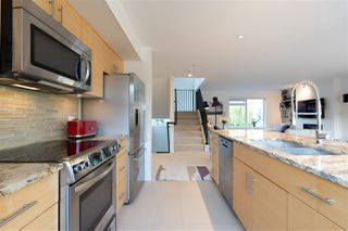"""Photo 23: 6 265 E 8TH Street in North Vancouver: Central Lonsdale Townhouse for sale in """"WALKER PARK MEWS"""" : MLS®# R2496249"""