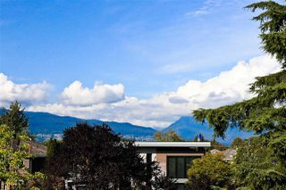 Photo 3: 3549 PUGET Drive in Vancouver: Arbutus House for sale (Vancouver West)  : MLS®# R2501099