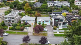 Photo 35: 3549 PUGET Drive in Vancouver: Arbutus House for sale (Vancouver West)  : MLS®# R2501099