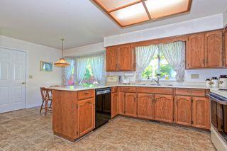 Photo 5: 20471 124A Avenue in Alvera Park: Home for sale : MLS®# R2104707