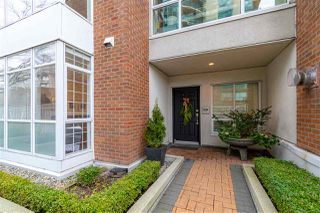 "Photo 2: 1228 QUEBEC Street in Vancouver: Downtown VE Townhouse for sale in ""Station Place Townhomes"" (Vancouver East)  : MLS®# R2527049"