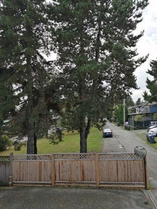 "Photo 19: 530 SIXTEENTH Street in New Westminster: Uptown NW 1/2 Duplex for sale in ""VNWUP"" : MLS®# R2528184"