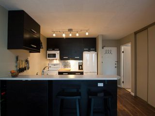 "Photo 11: 615 950 DRAKE Street in Vancouver: Downtown VW Condo for sale in ""Anchor Point 11"" (Vancouver West)  : MLS®# V882505"