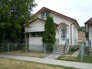 Main Photo: 905 Magnus Avenue in WINNIPEG: North End Residential for sale (North West Winnipeg)  : MLS®# 1117945