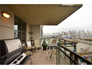 "Photo 8: 1504 1088 QUEBEC Street in Vancouver: Mount Pleasant VE Condo for sale in ""Viceroy"" (Vancouver East)  : MLS®# V919098"