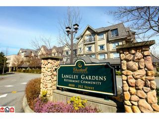 """Photo 2: 116 8888 202ND Street in Langley: Walnut Grove Condo for sale in """"LANGLEY GARDENS"""" : MLS®# F1201145"""