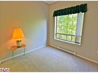 """Photo 10: 116 8888 202ND Street in Langley: Walnut Grove Condo for sale in """"LANGLEY GARDENS"""" : MLS®# F1201145"""