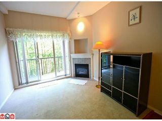 """Photo 7: 116 8888 202ND Street in Langley: Walnut Grove Condo for sale in """"LANGLEY GARDENS"""" : MLS®# F1201145"""