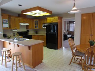 Photo 2: 34744 6TH AVE in ABBOTSFORD: Poplar Condo for rent (Abbotsford)