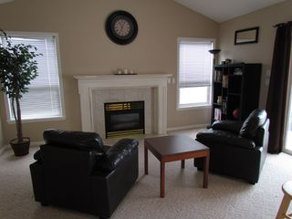 Photo 4: 34744 6TH AVE in ABBOTSFORD: Poplar Condo for rent (Abbotsford)
