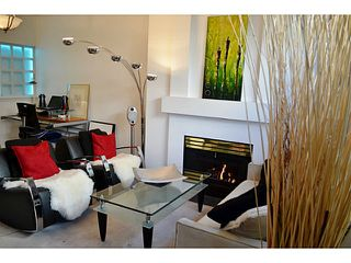 """Photo 2: 105 1333 W 7TH Avenue in Vancouver: Fairview VW Condo for sale in """"WINGATE ENCORE"""" (Vancouver West)  : MLS®# V1047981"""