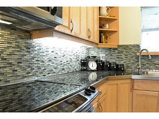 """Photo 4: 105 1333 W 7TH Avenue in Vancouver: Fairview VW Condo for sale in """"WINGATE ENCORE"""" (Vancouver West)  : MLS®# V1047981"""