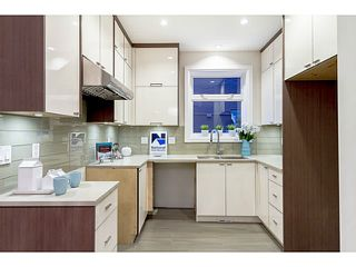 """Photo 6: 39 E 13TH Avenue in Vancouver: Mount Pleasant VE Townhouse for sale in """"Main St Area"""" (Vancouver East)  : MLS®# V1071218"""