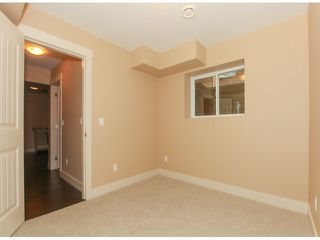 Photo 11: 5976 131ST Street in Surrey: Panorama Ridge House for sale : MLS®# F1426027
