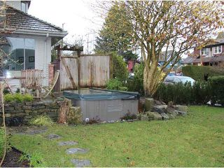 Photo 16: 1760 WATERLOO Street in Vancouver: Kitsilano House 1/2 Duplex for sale (Vancouver West)  : MLS®# V1103743