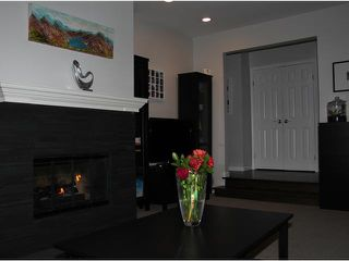 Photo 7: 1760 WATERLOO Street in Vancouver: Kitsilano House 1/2 Duplex for sale (Vancouver West)  : MLS®# V1103743