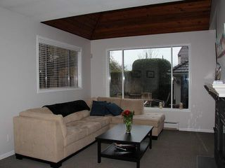 Photo 6: 1760 WATERLOO Street in Vancouver: Kitsilano House 1/2 Duplex for sale (Vancouver West)  : MLS®# V1103743