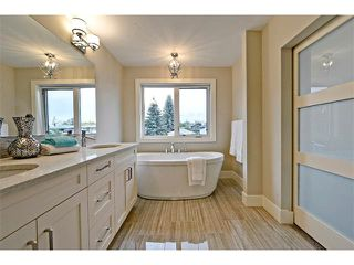 Photo 29: 710 19 Avenue NW in Calgary: Mount Pleasant House for sale : MLS®# C4014701
