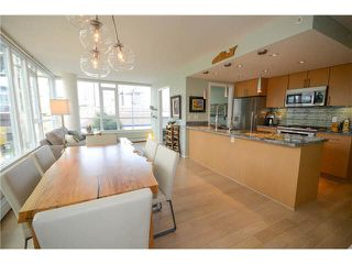 Main Photo: 303 1887 CROWE Street in Vancouver: False Creek Condo for sale (Vancouver West)  : MLS®# V1134681