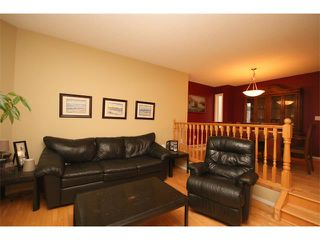 Photo 3: 1246 15 Street SE in Calgary: Inglewood House for sale : MLS®# C4022029
