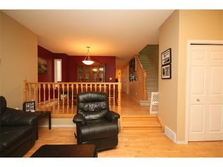 Photo 2: 1246 15 Street SE in Calgary: Inglewood House for sale : MLS®# C4022029