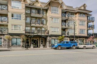 "Photo 2: 307 38003 SECOND Avenue in Squamish: Downtown SQ Condo for sale in ""SQUAMISH POINTE"" : MLS®# R2009669"