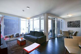 Photo 5: 716 1372 SEYMOUR Street in Vancouver: Downtown VW Condo for sale (Vancouver West)  : MLS®# R2068345