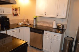"""Photo 7: 206 1011 FOURTH Avenue in New Westminster: Uptown NW Condo for sale in """"CRESTWELL MANOR"""" : MLS®# R2074662"""
