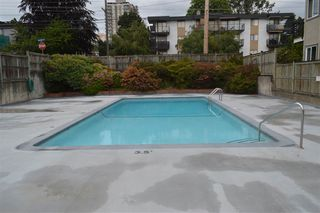 """Photo 15: 206 1011 FOURTH Avenue in New Westminster: Uptown NW Condo for sale in """"CRESTWELL MANOR"""" : MLS®# R2074662"""