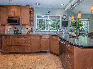 Photo 5: 2379 DAMASCUS ROAD in SHAWNIGAN LAKE: ML Shawnigan House for sale (Zone 3 - Duncan)  : MLS®# 733559