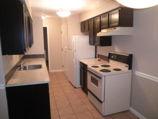 Photo 3: 105 22661 LOUGHEED Highway in Maple Ridge: East Central Condo for sale : MLS®# R2076851