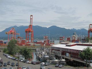 "Photo 15: 428 289 ALEXANDER Street in Vancouver: Hastings Condo for sale in ""THE EDGE"" (Vancouver East)  : MLS®# R2079369"