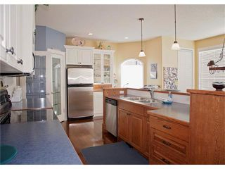 Photo 9: 88 SHEEP RIVER Heights: Okotoks House for sale : MLS®# C4068601