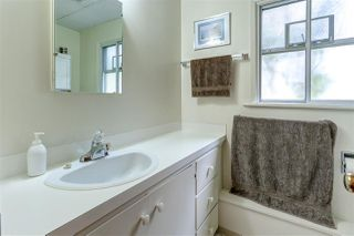 Photo 18: 5612 FORGLEN Drive in Burnaby: Forest Glen BS House for sale (Burnaby South)  : MLS®# R2081001