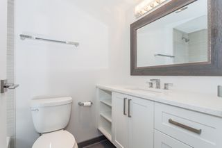 "Photo 10: 216 265 E 15TH Avenue in Vancouver: Mount Pleasant VE Condo for sale in ""The Woodglen"" (Vancouver East)  : MLS®# R2102685"