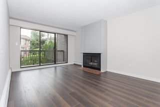 "Photo 5: 216 265 E 15TH Avenue in Vancouver: Mount Pleasant VE Condo for sale in ""The Woodglen"" (Vancouver East)  : MLS®# R2102685"